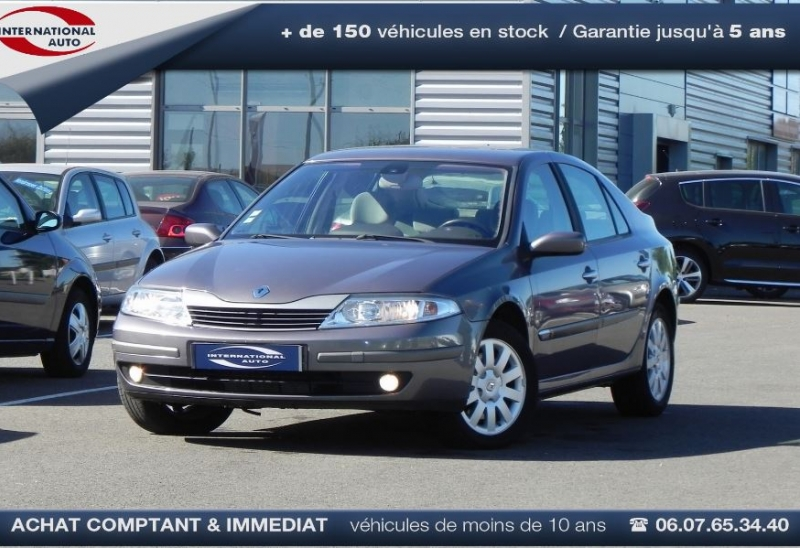Photo 1 de l'offre de RENAULT LAGUNA II 2.2 DCI 150CH PRIVILEGE à 3990€ chez International Auto - Agent PEUGEOT