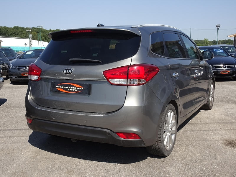 Photo 2 de l'offre de KIA CARENS 2.0 GDI 165  PREMIUM ISG 7 PLACES à 12890€ chez International auto Coignieres