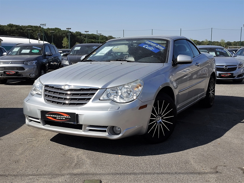 Photo 3 de l'offre de CHRYSLER SEBRING CABRIOLET 2.0 CRD LIMITED TOIT RIGIDE à 8690€ chez International auto Coignieres
