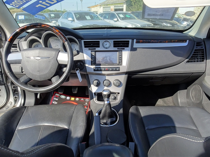 Photo 6 de l'offre de CHRYSLER SEBRING CABRIOLET 2.0 CRD LIMITED TOIT RIGIDE à 8690€ chez International auto Coignieres