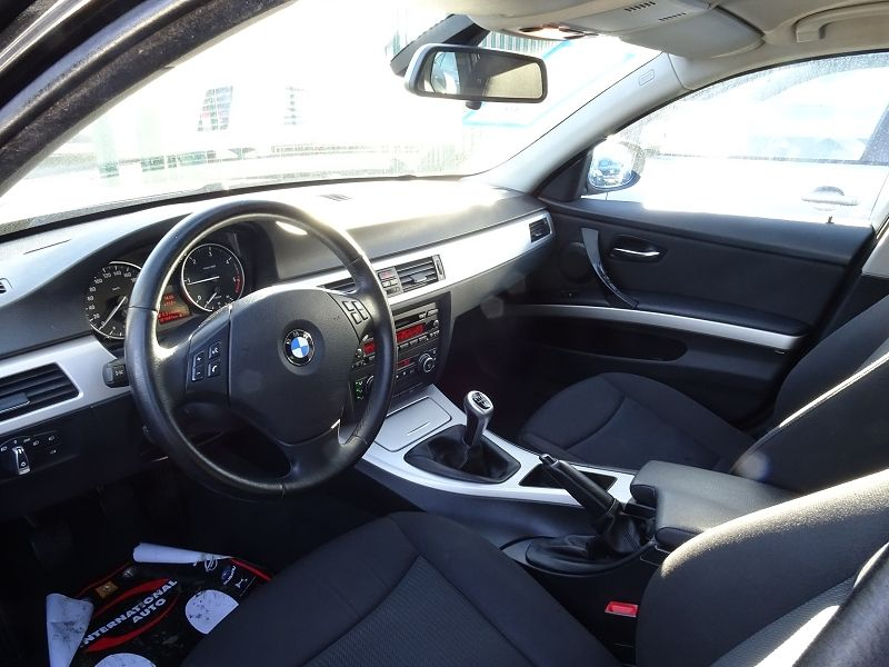 Photo 3 de l'offre de BMW SERIE 3 TOURING (E91) 318D 143CH CONFORT à 7890€ chez International auto Coignieres